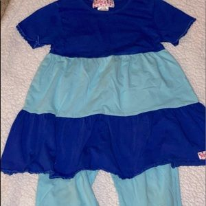 Girl's Ruffle Outfit